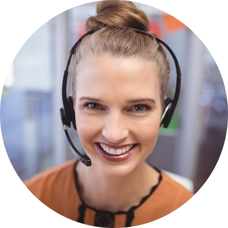 An image of a customer service representative